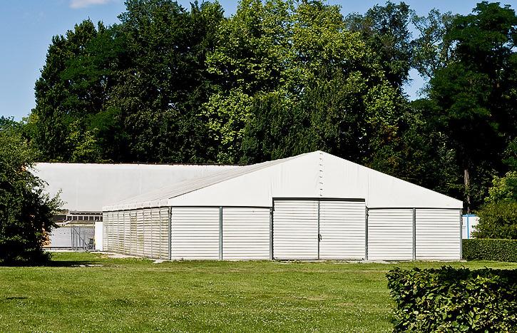 Verleih und Vermietung von Lagerzelten